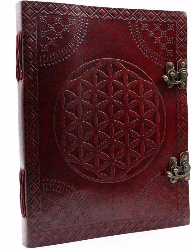 De voorkant van het boek met de titel : Ancient Wisdom lederen notitieboek met sluitingen