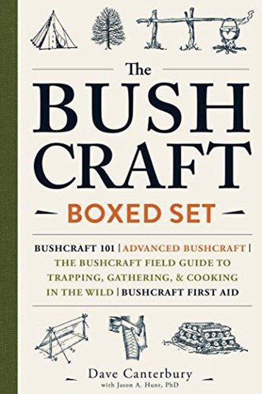 De voorkant van het boek met de titel : The Bushcraft Boxed Set