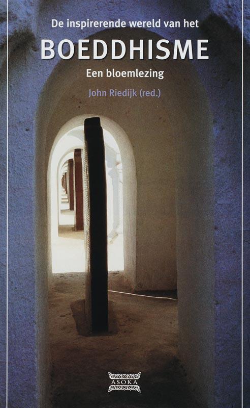 De voorkant van het boek met de titel : De inspirerende wereld van het boeddhisme